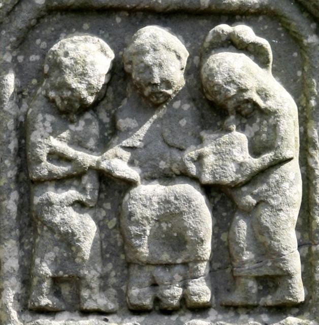 Traditio Legis and Clavium, from an 10th century Irish cross.