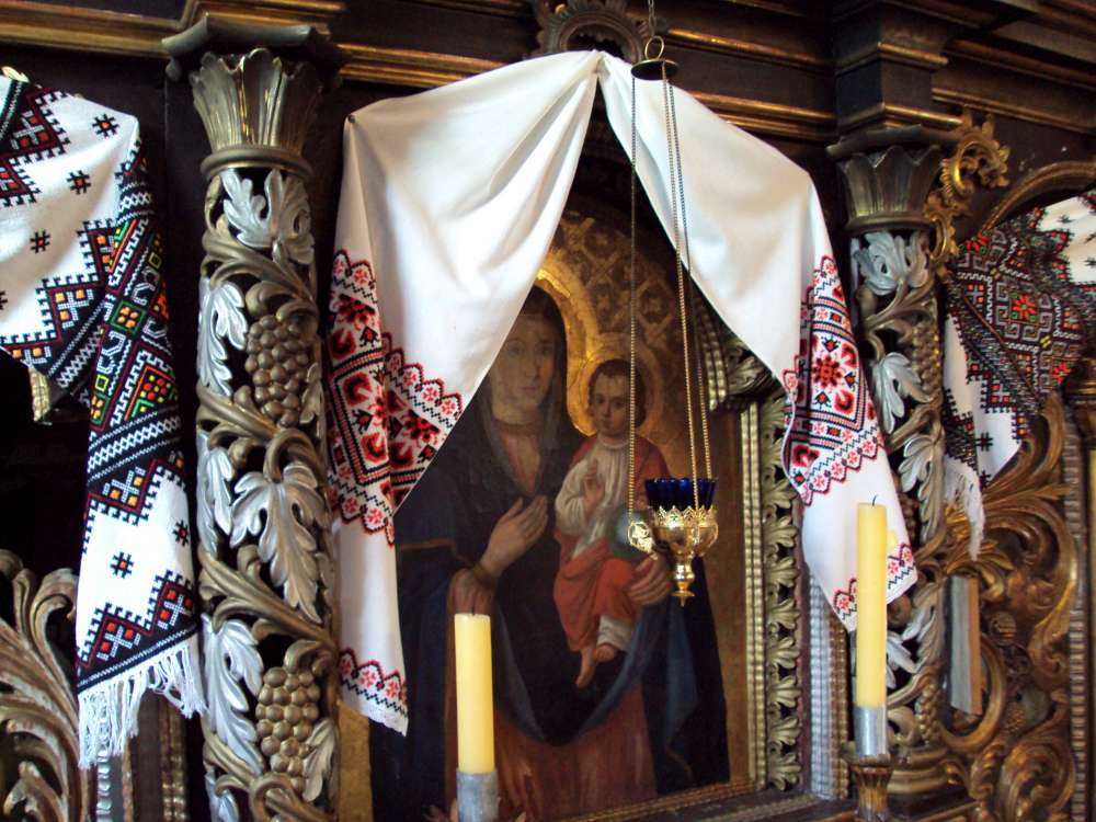Embroidered towels on an iconostasis, Poland