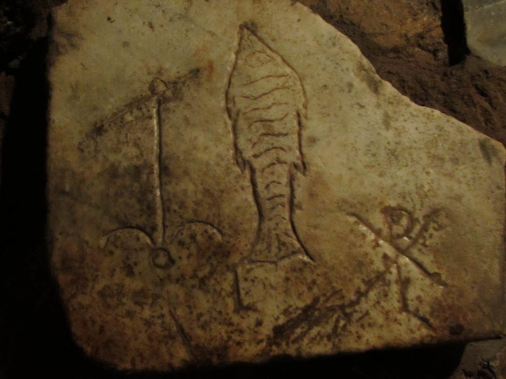 Fish with other symbols from the catacombs