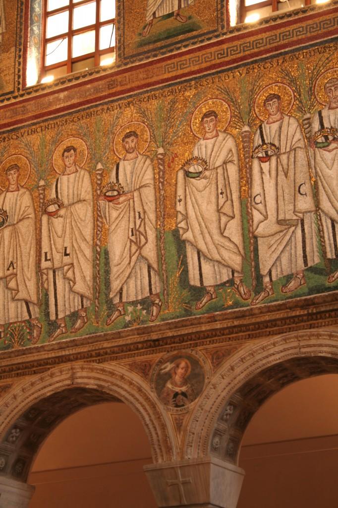 25 Apollinare Nuovo, Ravenna, 6th century