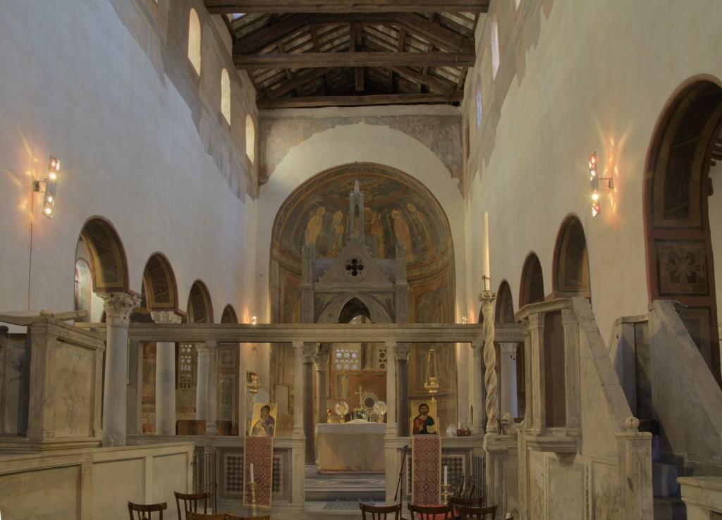 45 Santa_Maria_in_Cosmedin_Interior c. 782 copy