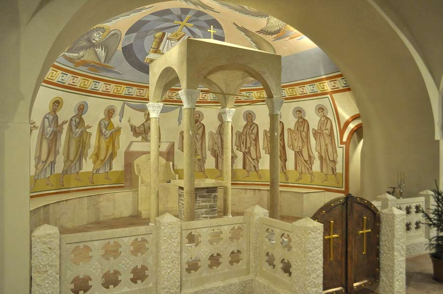 49,-apse-of-Feodorovsky-Cathedral-crypt,-Petersburg,-2102.-copy