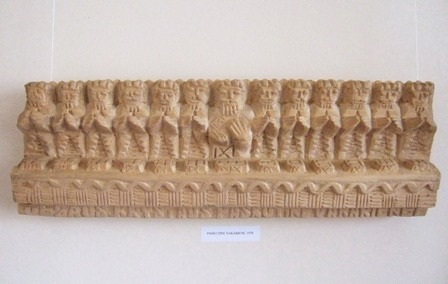 16 wooden carving by lionginas sepka_ the last supper