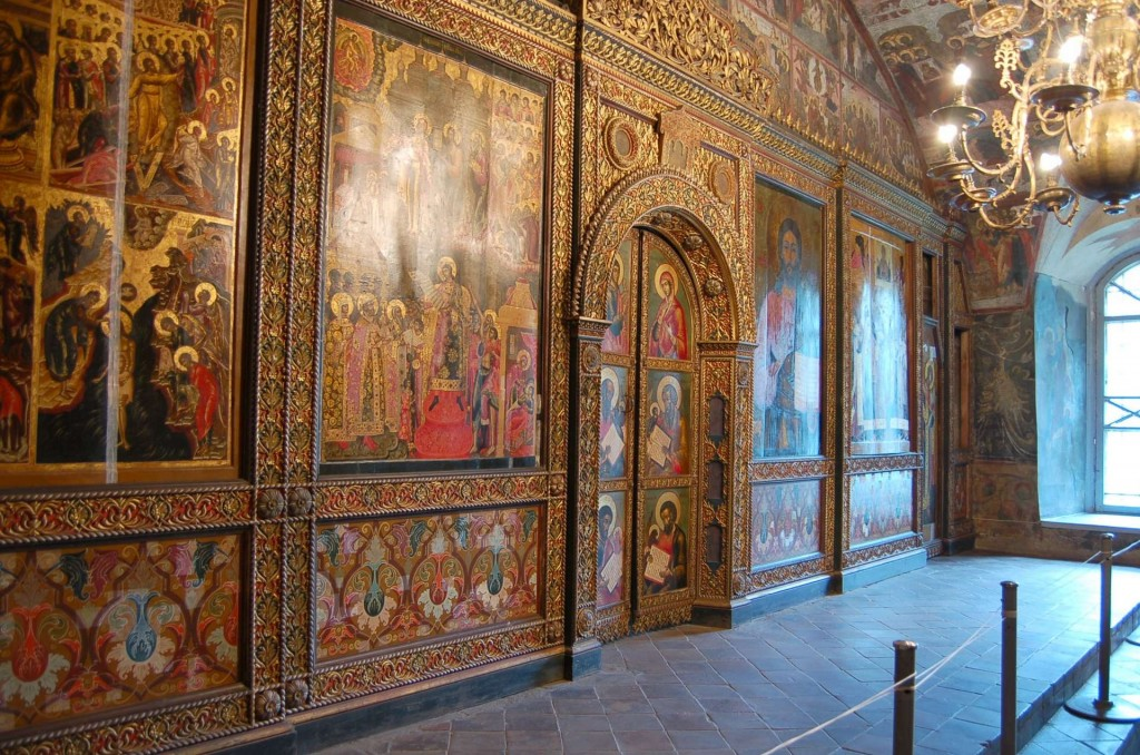 17th-century carved and polychromed iconostasis, Yaroslavl, Russia