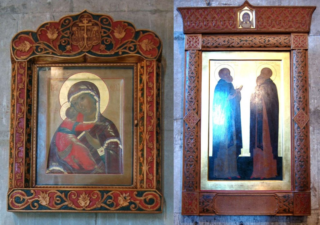 A pair of contemporary carved icon frames at the Andronikov Monastery in Moscow. Notice how the colors used to highlight the carving coordinate with the colors in the icons.