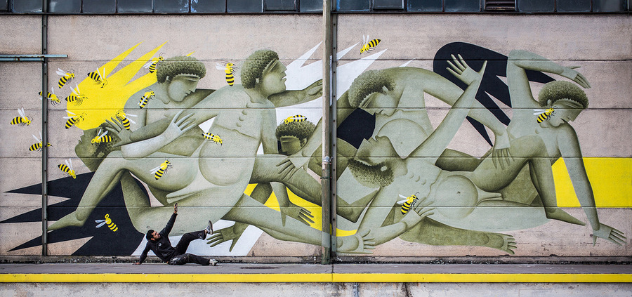 """Mural for """"Bubbledays Festival"""", by Fikos, 2014. Acrylics on wall, 12×5.2 m. Linz, Austria. Photo by: Philipp Greindl © flap.at"""