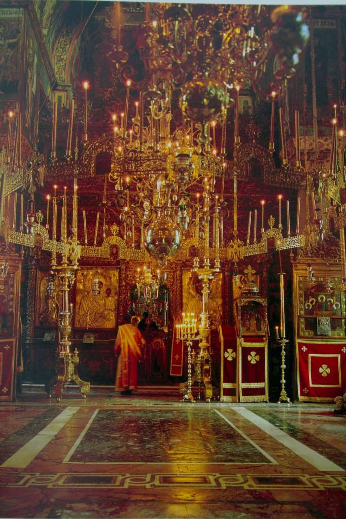 The nave, Vatopedi catholicon church, Athos.