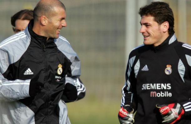 Zidane habría ofrecido a Casillas volver al Real Madrid