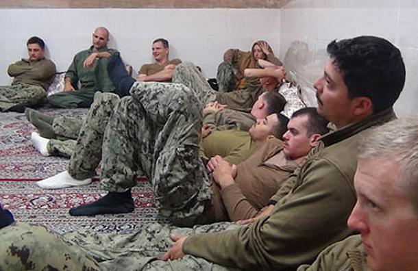 Publican fotos de la detención de 10 soldados de EE.UU. por Irán